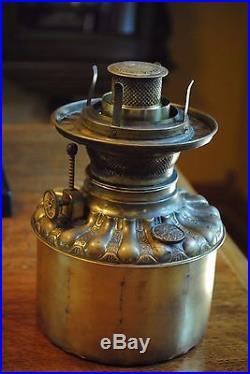 American Rustic Arts&Crafts, B&H, Miller, Handel Era Slag Glass Oil/Kerosene Lamp