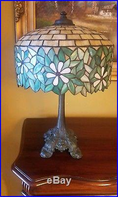 Arts & Crafts, Nouveau Wilkinson Leaded Slag Stained Glass Bronze Lamp