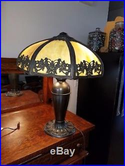 Gorgeous 8 Panel Green Slag Lamp In Excellent Condition Fantastic (2 Bulb Chain)
