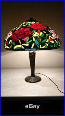 Signed Handel 3 socket full tree trunk Lamp with22 slag glass leaded shade
