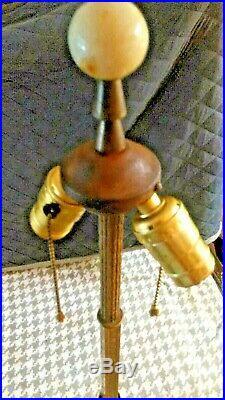 Vintage Houze Lamp Lemonade Slag/oxblood Glass/ornate Brass/cast Iron Floor Base